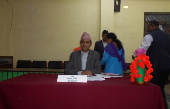 बनेपा नगरपालिकाको दोस्रो नगरसभा २०७५ कार्यक्रममा प्रमुख प्रशासकीय अधिकृत श्री भोजराज घिमिरे ज्यू ।